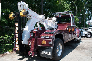 collision towing and repair in waltham mass